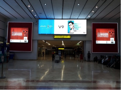 vivo-v9 billboard airport advertising